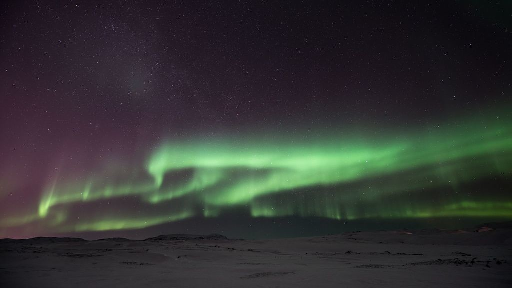 Northern light on the Þjóðvegur 1